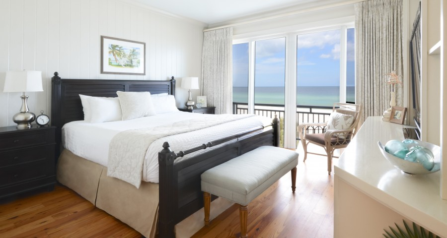 Mainsail Beach Inn Master Bedroom